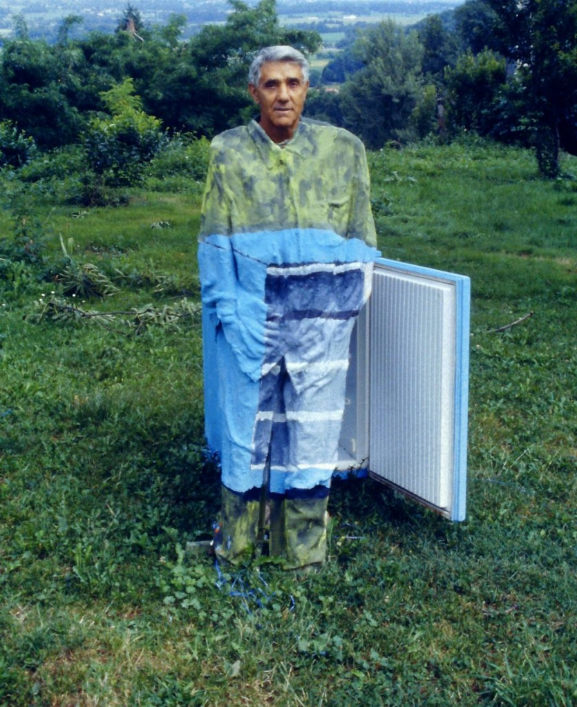 Camouflage artist